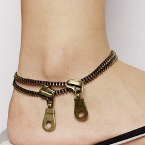 Retro Zipper Foot Chain